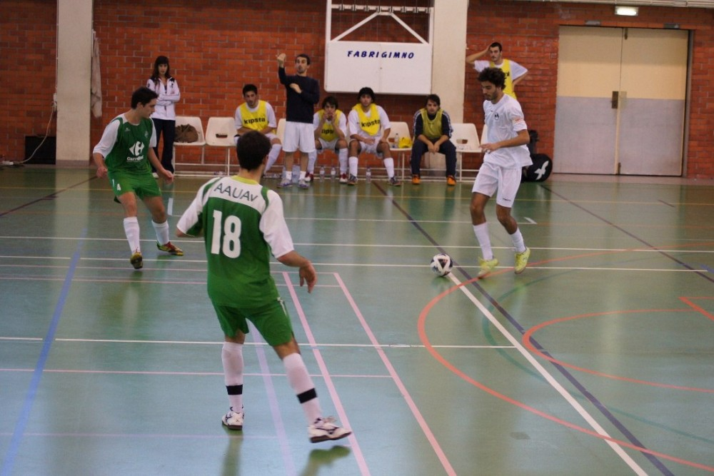 FADU - 2ª Jornada Concentrada Futsal m  AAUTAD continua na liderança 928f079891f92