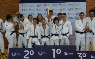 AAC levou troféu coletivo de Judo para Coimbra