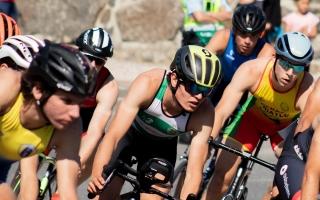 Joana Miranda e Gil Maia são os campeões nacionais universitários de Triatlo